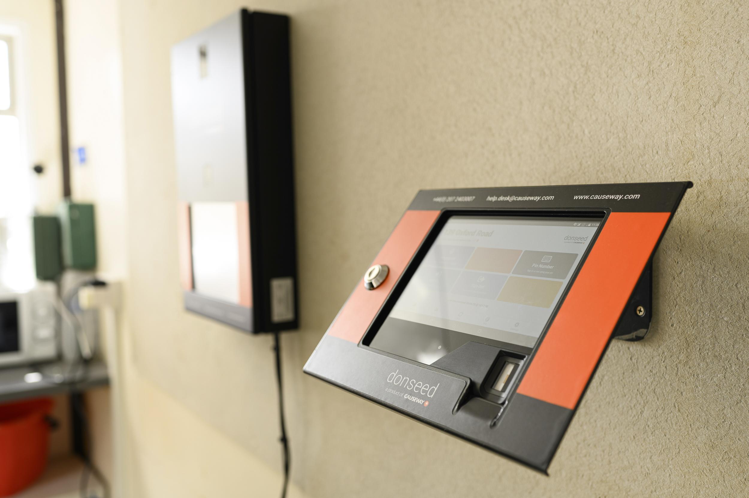 Causeway Donseed Biometric Tablet
